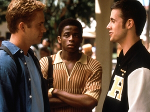 Paul Walker, Dule Hill, and Freddie Prinze Jr. in She's All That.